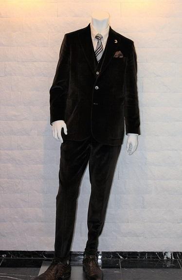 ベロアのスーツ