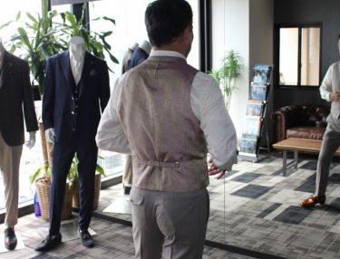 ダンディオヤジを作るベージュ・ゼニア3Pスーツ・クールエフェクト