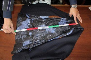 オーダースーツ代理店で開業したとき身につけておきたいスキル お客様スーツの測り方-2
